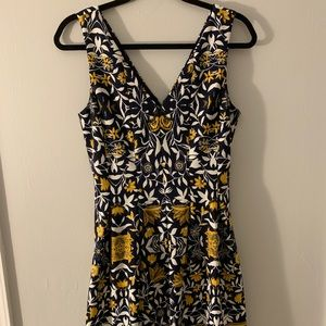 Vince Camuto Navy and Gold Dress